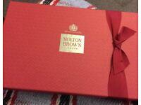 Molton Brown 12 Days Of Christmas Gift Set