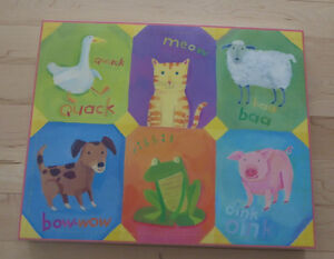 Canvas with animals for nursery, very good condition
