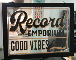 RETRO VINTAGE RECORD VINYL GLASS SIGN NEW VERY UNIQUE