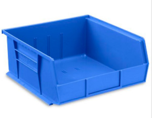 ULINE Stackable Bins / Bacs Empilables  11x11x5""