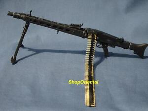 MG42 1:6 Scale Action Figure DRAGON WW2 GERMAN ARMY MG-42 MACHINE GUN + BULLET