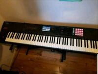 Roland FA 08 Piano Keyboard Synthesiser Workstation