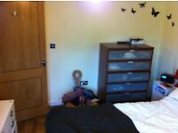 1/2 bedroom flat in Cowley short term lets available
