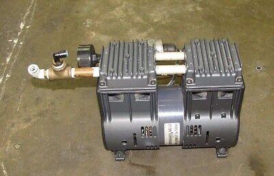 Ulvac Dtp-180s Dtp180s 198 Lmin 10 Kpa 100v 1ph Rocking Piston Vacuum Pump