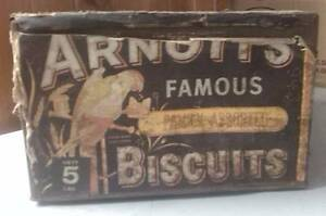 LATE 1960'S ARNOTT'S FAMOUS FAMILY ASSORTED BISCUIT TIN Merrylands Parramatta Area Preview