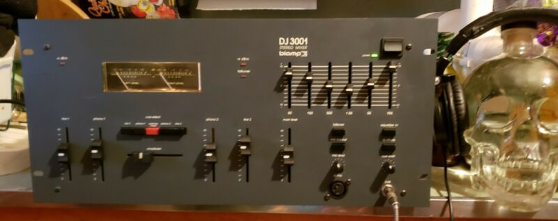 BIAMP DJ3001 Stereo Club DJ Preamp Mixer Alps Pots Made in USA BEAUTY