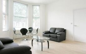 2 bedroom flat in Minster Road, West Hampstead, London NW2 3RE