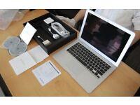 13' Apple MacBook Air 1.8Ghz Core i5 4Gb Ram 128GB SSD Final Cut Pro X Final Draft Adobe Suite 2017