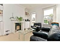2 bedroom flat in Goldhurst Terrace, West Hampstead