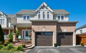 Like Entertaining? Nothing To Do Here But Move In! - Innisfil