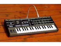 Korg Microkorg - Very good condition - Accessories included