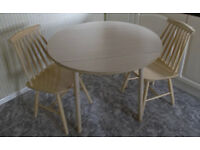 Round Table & 2 Chairs