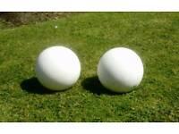 2 Garden balls. Ornamental marble pattern. Gypsum decorative balls. New.