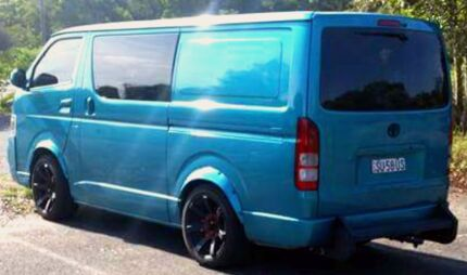 2005 turbo diesel hiace lwb The Entrance Wyong Area Preview