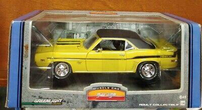 Q155 Greenlight Muscle Car Garage 1969 Camaro Yenko SC 1:24 Yellow