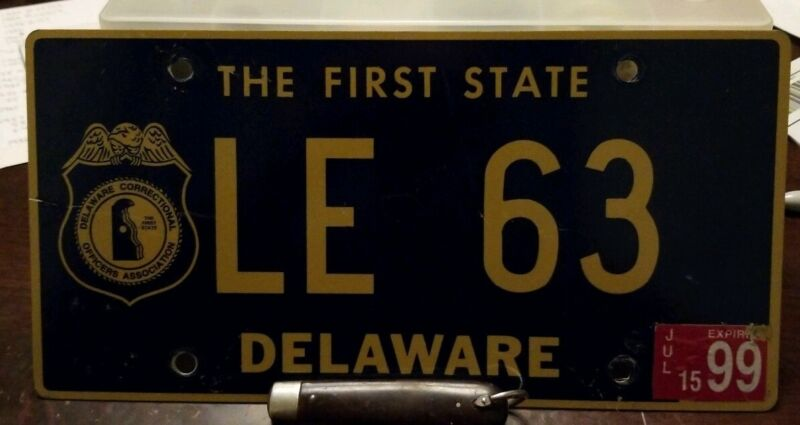 1999 Delaware Correctional Officers Assoc. Police License plate