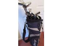 GOLF CLUBS: Dunlop set with Matching bag. VGC. Kenilworth, Warwickshire