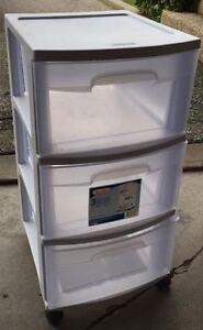 3 drawer storage on wheels