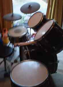Drum kit 5 pieces plus cymbals and throne Katoomba Blue Mountains Preview
