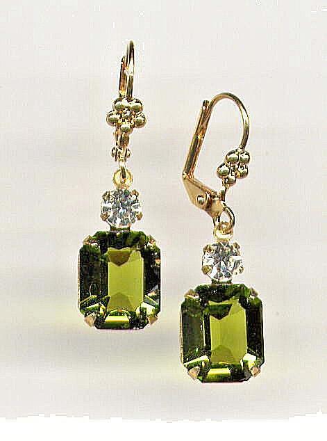 BEAUTIFUL Earrings w SWAROVSKI OLIVINE Olive green cut-crystals 14K Gold gp