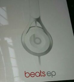 Beats EP headphone in white new