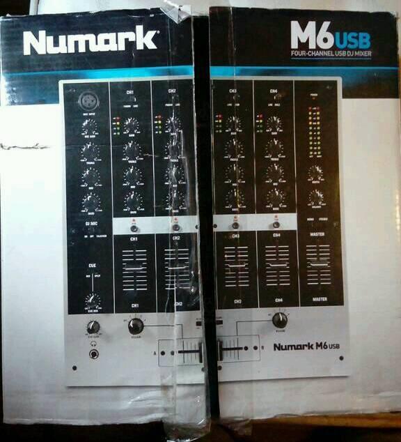 1 BOXED NUMARK M6 USB MIXER+1 BOXED NUMARK
