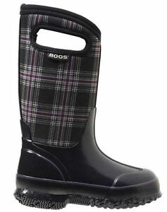 BOGS winter boots size 1  **NEW** in box