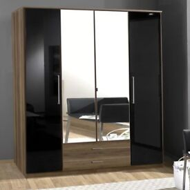 4 Door Wardrobe With Mirror Doors
