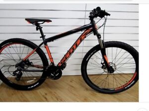 Stolen bike from David Braley Athletic Centre McMaster