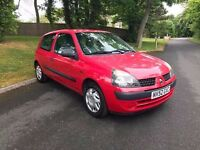 2002 Renault Clio 1.2 VERY LOW MILEAGE, Cheap insurance and drives great!