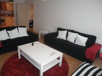 High quality 2 Bedroom Flat in Landmark Place, Churchill Way available from 1st June - £1,100 pcm