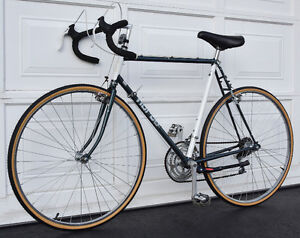 NORCO SPORT ROAD BICYCLE 18 SPEED BIKE TOP QUALITY Kingston Kingston Area image 4
