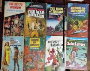 ACE SINGLE AND DOUBLE SCIENCE FICTION BOOKS RARE COLLECTABLE