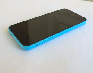 Apple iPhone 5C 8GB Blue on Telus/Koodo/Pubic in Great Condition