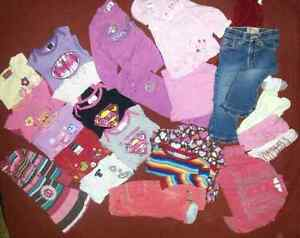 Lot de vêtement de fille 18-24 mois. Automne-hiver