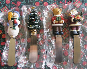 4PC Christmas Cheese Spread Knife Set With Sculpted Handles New