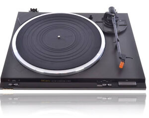 Portable Record Players starting @ $39.99 out the door! Windsor Region Ontario image 1
