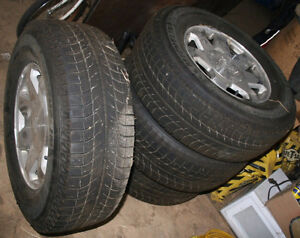 "4 Newer MICHELIN ICE xi2 WINTER TIRES 17"" Cadillac Escalade Rims"