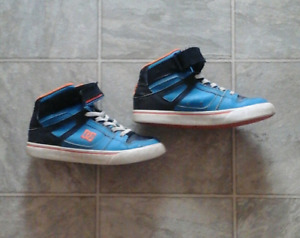 Kids DC High top shoes size 2