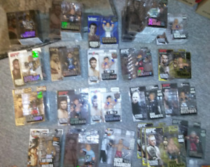 ROUND 5 MMA UFC COLLECTIBLE FIGURES W/ LE, CE, WEC, AUTO