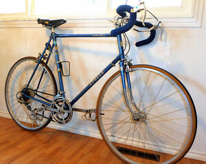 """Apollo Speed Road Bike(28""""x1.1/8 )"""
