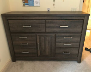 Dresser - Castle Mountain Furniture Canmore