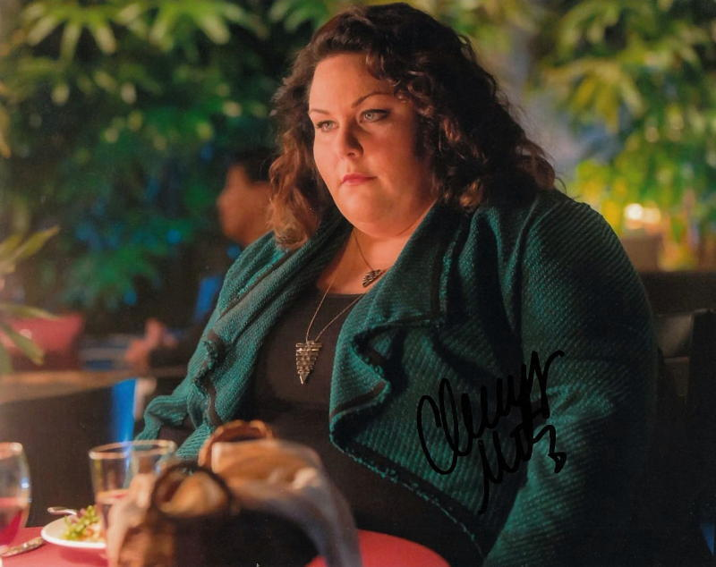 CHRISSY METZ.. This Is Us' Kate Pearson - SIGNED