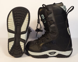 LTD Snowboard boots Girls/Women size 2 Excellent Condition