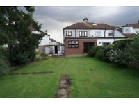 3 Bedroom House with 2 Receptions to Rent In Hornchurch RM11 2NB==PART DSS WELCOME==