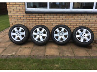 "19"" Genuine Land Rover Discovery 3 alloy wheels and tyres"