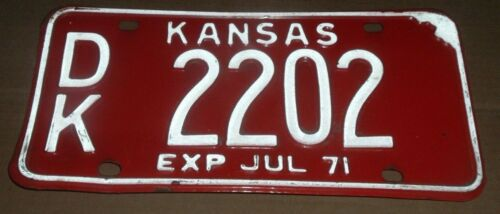 1971 Kansas License Plate DK 2202 Dickinson County Car Tag
