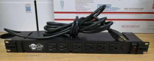Tripp-Lite RS-1215 120V 15A Rack Mount Power Tap 12 Outlet Plug Network #H149
