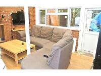 FANTASTIC DOUBLE ROOM IN ACTON - MOMENTS FROM TUBE - ALL BILLS INCLUDED - MUST SEE