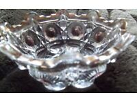 CLEARANCE SALE Pretty vintage pressed glass bowl - c. 1940-50 - excellent condition